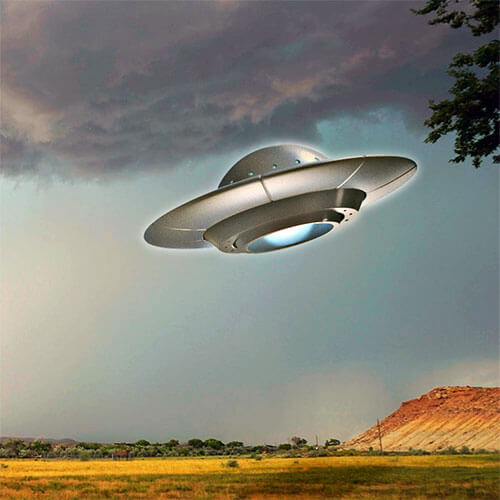 UFOs over ranchland in northeastern Utah