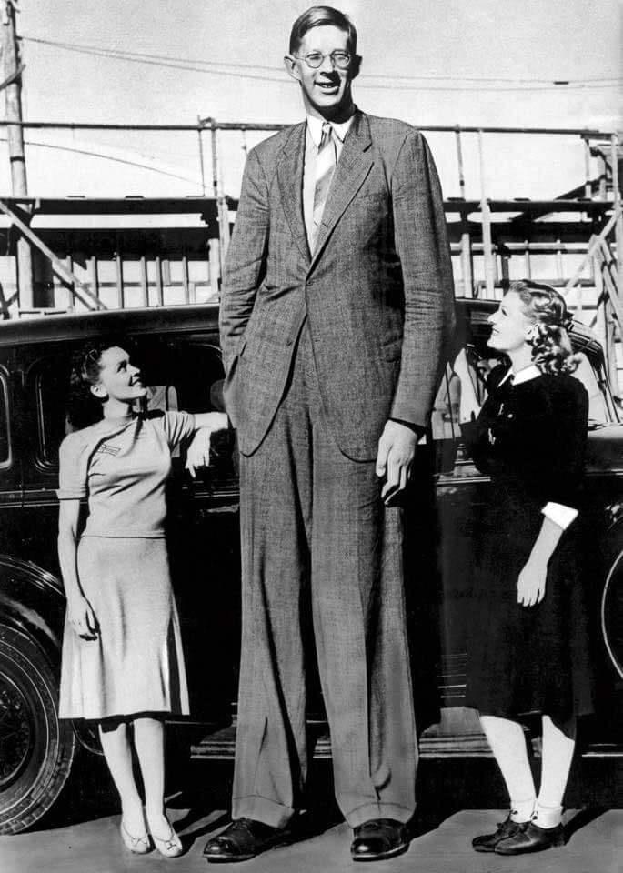 Robert Wadlow world's tallest man